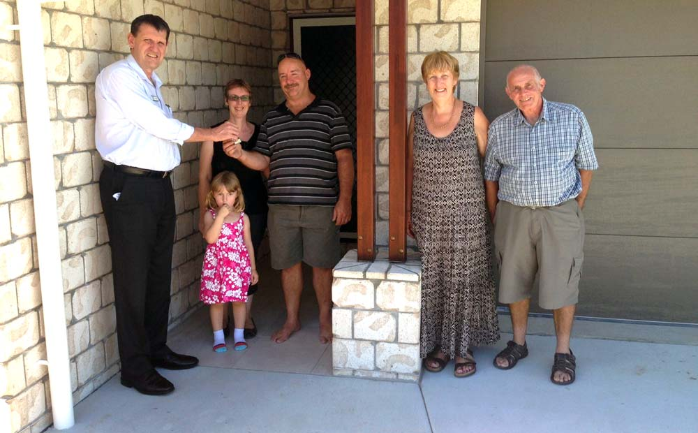 Extended-family-Highgrove-255-+-Granny-Flat-cropped