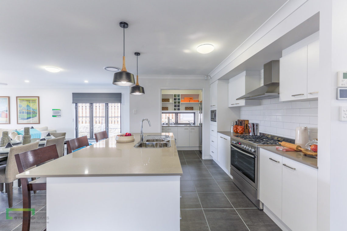 Stroud-Homes-Bronte-240-Pimpama-Display-6