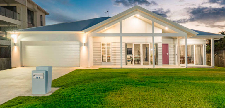 Stroud Homes Wide Bay HIA Award Winner Custom Home up to $300,000 image