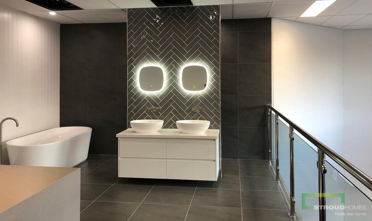 Stroud Homes Norther Rivers Display Bathroom