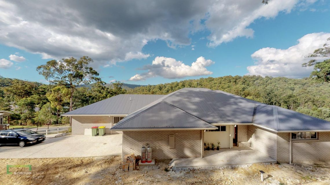 Stroud Homes Gold Coast North Acreage Sloped Block New Home Build-27