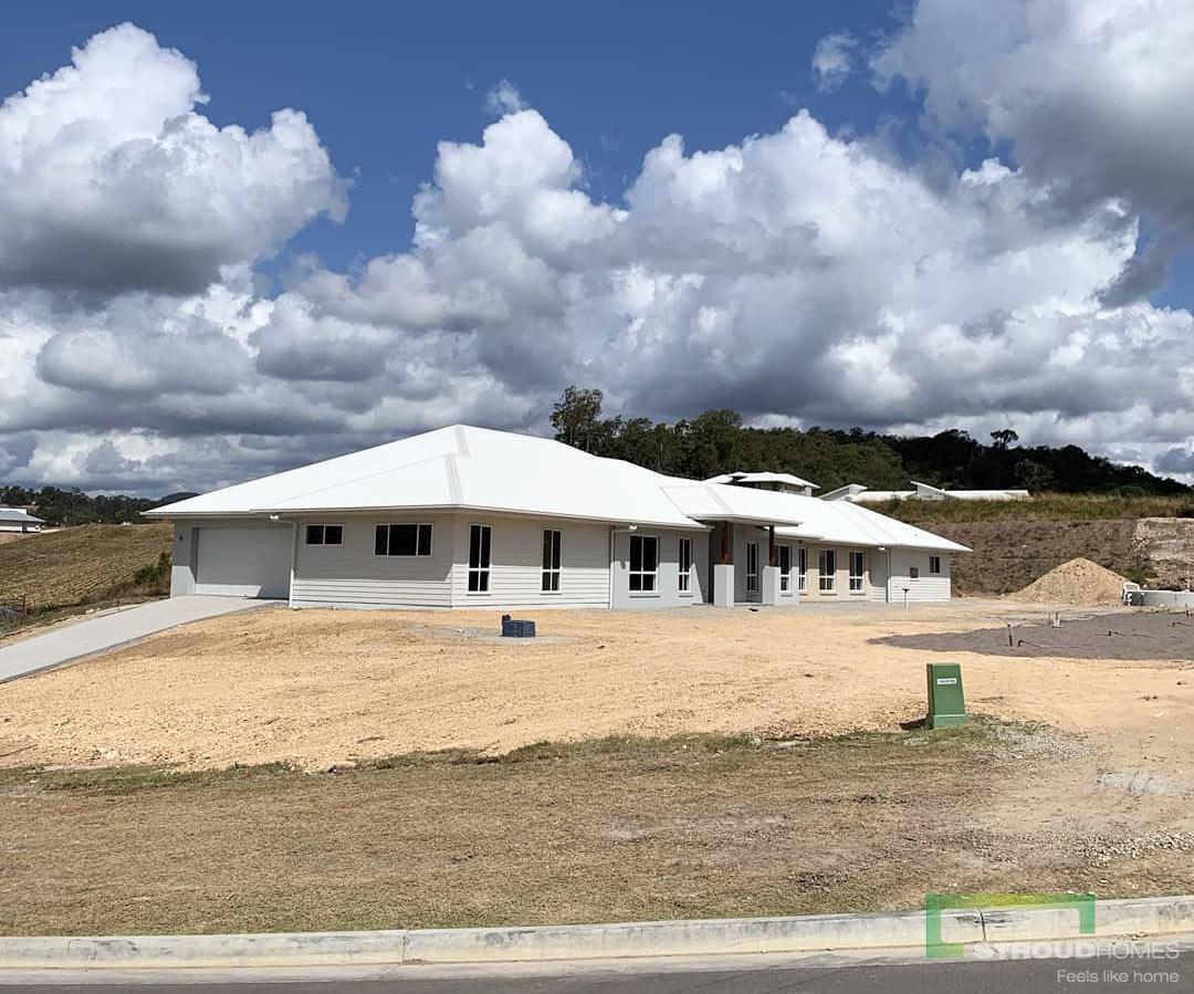 Stroud-Homes-Gold-Coast-North-Happy-Handover-Modified-Kentucky-348-Acreage-Design-1
