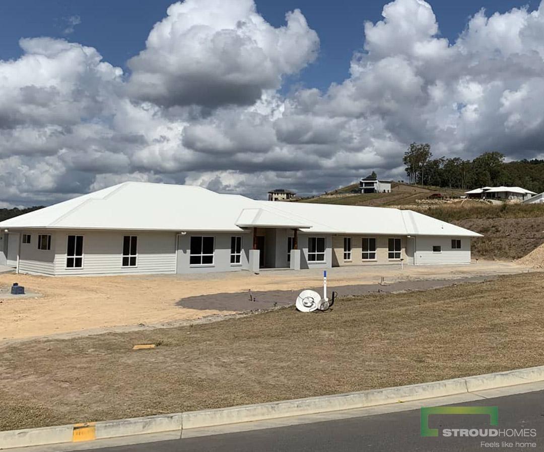 Stroud-Homes-Gold-Coast-North-Happy-Handover-Modified-Kentucky-348-Acreage-Design-3