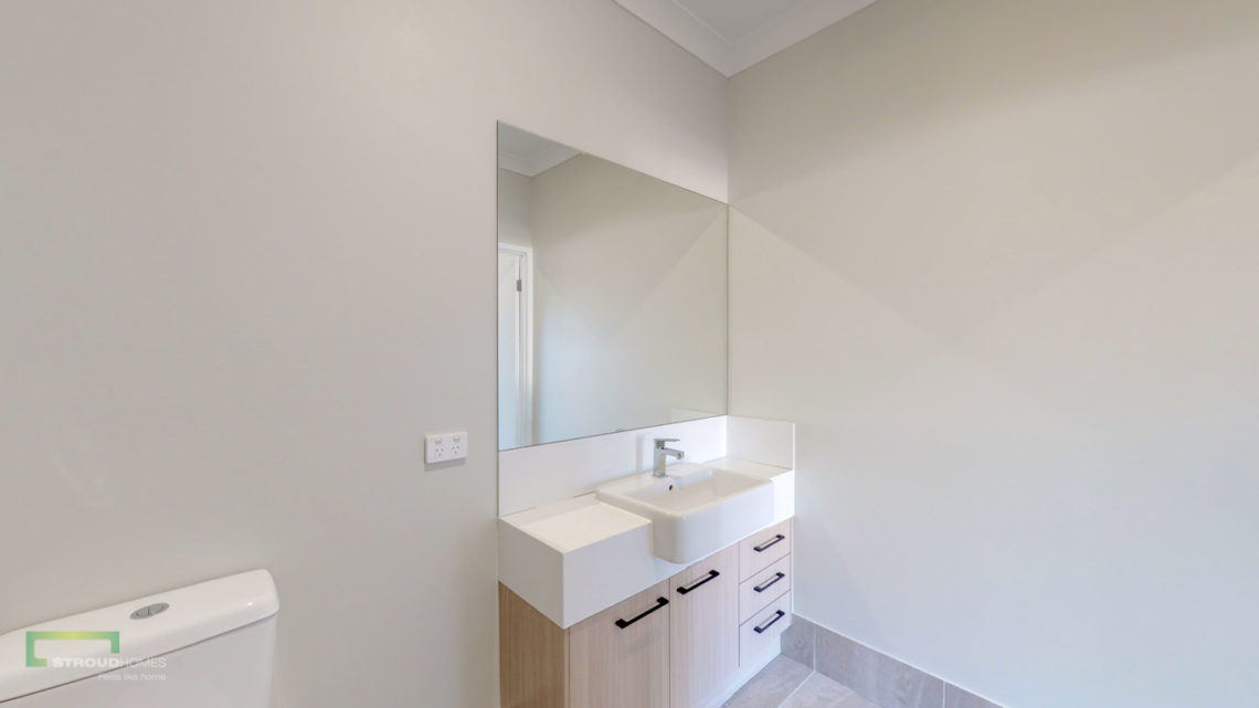 Stroud Homes Gold Coast South Benowa Sloped Block New Home Build-18
