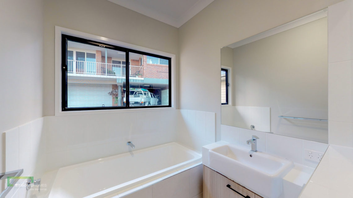 Stroud Homes Gold Coast South Benowa Sloped Block New Home Build-43