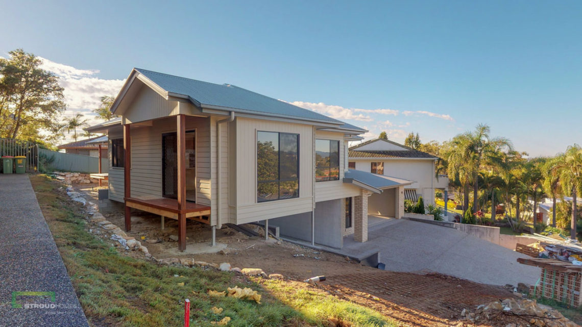 Stroud Homes Gold Coast South Benowa Sloped Block New Home Build-5