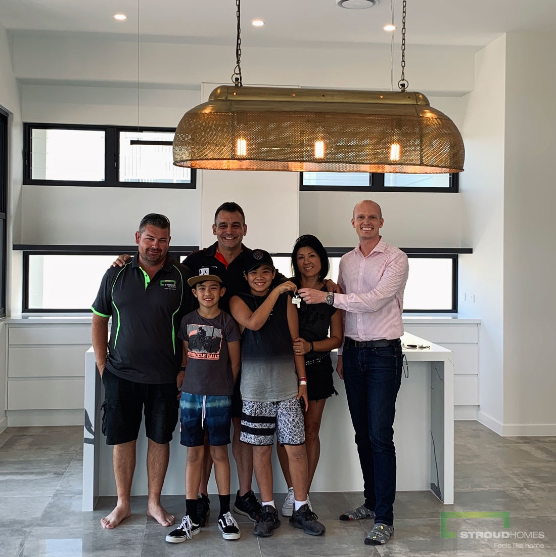 Stroud-Homes-Northern-Rivers-Happy-Handover-Family