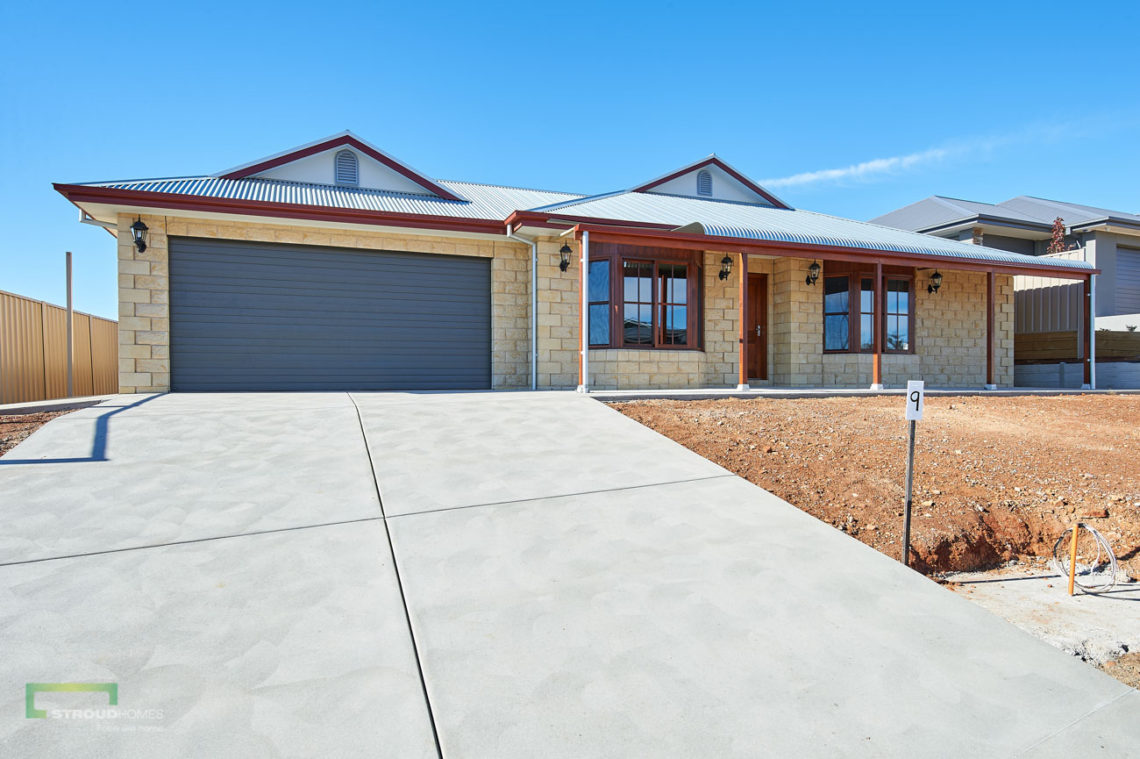 Stroud Homes Wagga Wagga Modified Bellmere 268 - Colonial Facade - Junee-2