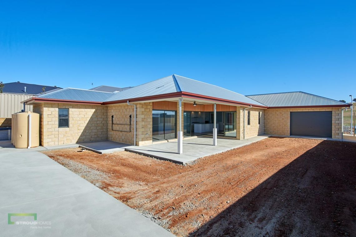 Stroud Homes Wagga Wagga Modified Bellmere 268 - Colonial Facade - Junee-21