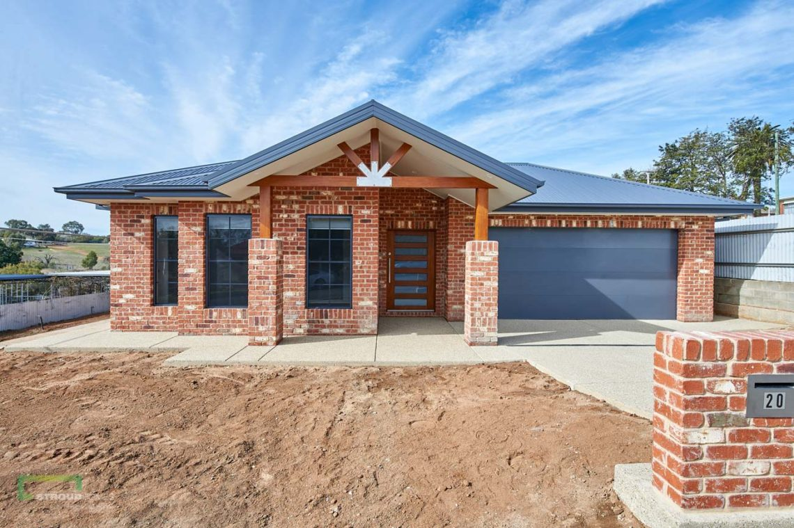 Stroud Homes Wagga Wagga Modified Bellmere 268 - Mountain Facade-2