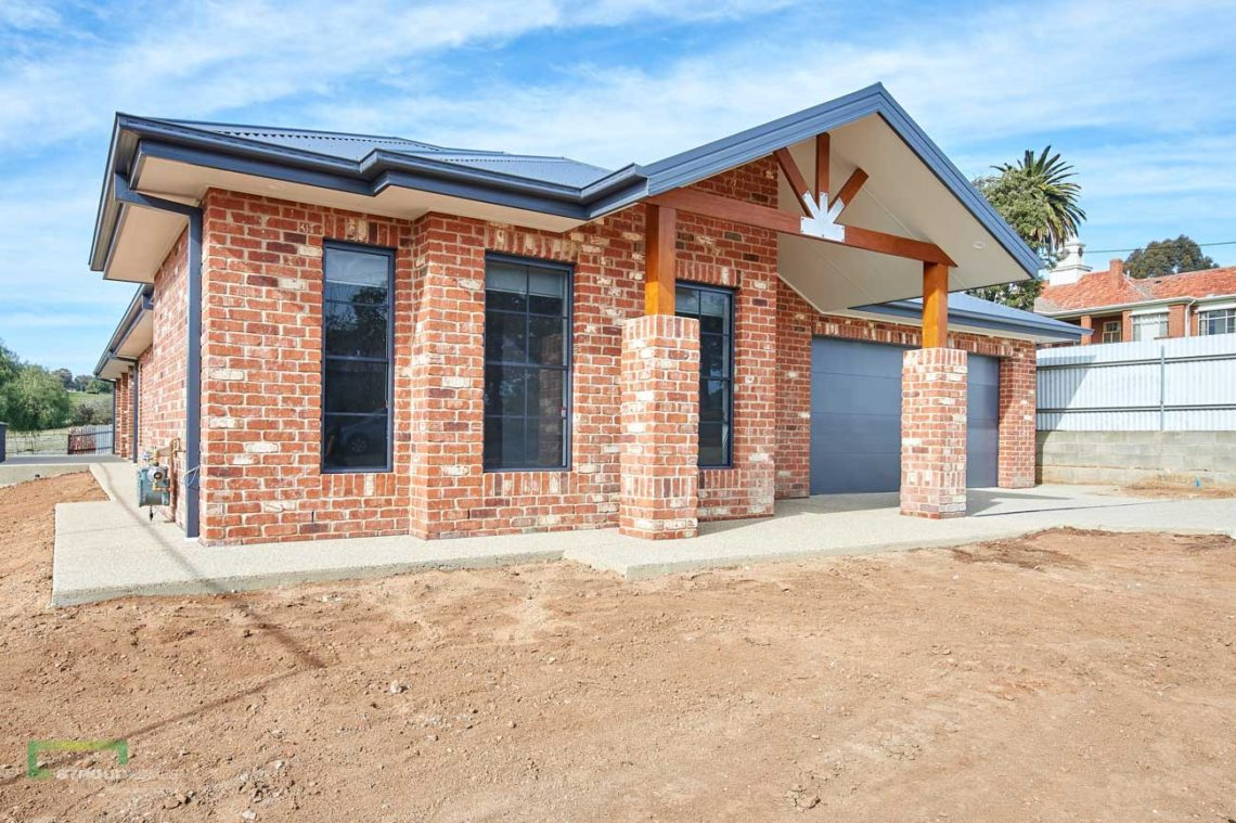 Stroud Homes Wagga Wagga Modified Bellmere 268 - Mountain Facade-3
