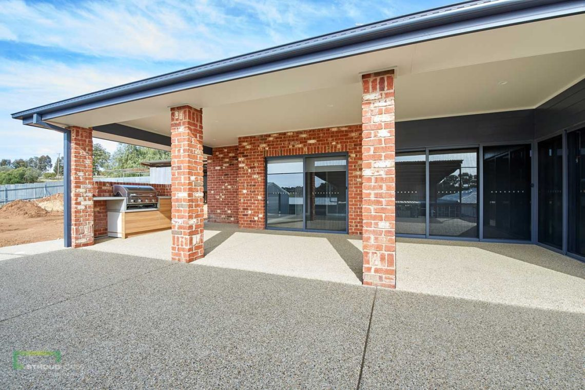 Stroud Homes Wagga Wagga Modified Bellmere 268 - Mountain Facade-4