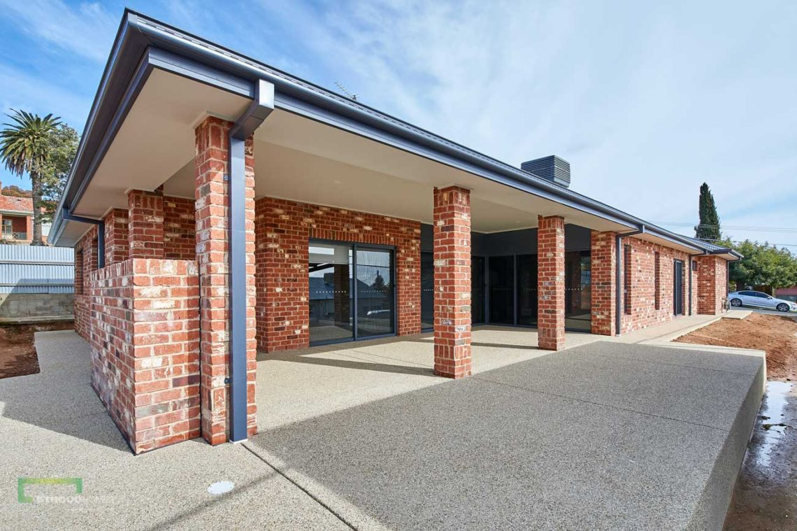 Stroud Homes Wagga Wagga Modified Bellmere 268 - Mountain Facade-5
