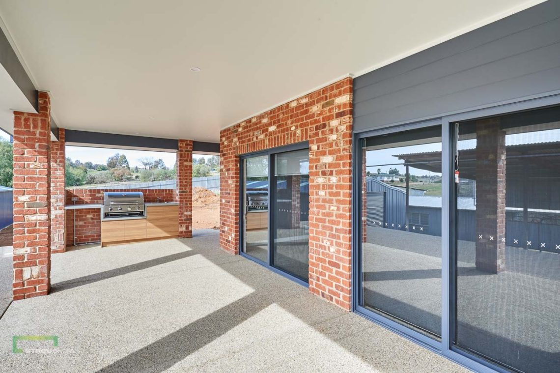 Stroud Homes Wagga Wagga Modified Bellmere 268 - Mountain Facade-6