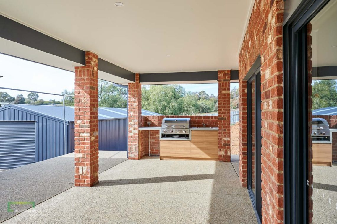 Stroud Homes Wagga Wagga Modified Bellmere 268 - Mountain Facade-7