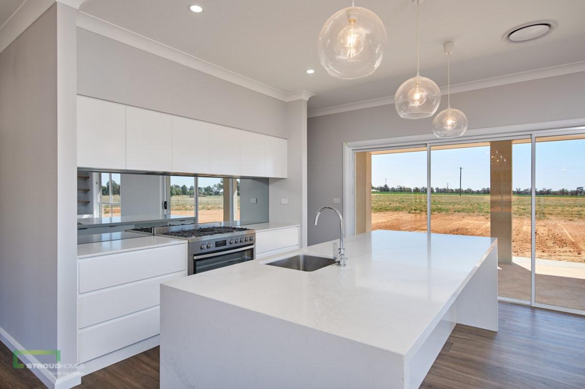 Stroud Homes Wagga Wagga Modified Hudson 278 - Portico Facade - Coolamon-13