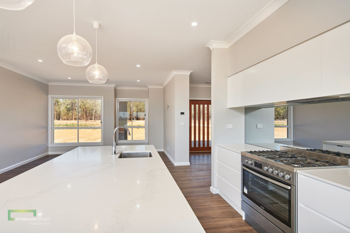 Stroud Homes Wagga Wagga Modified Hudson 278 - Portico Facade - Coolamon-14