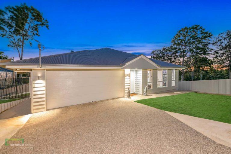 Stroud Homes Wide Bay Master Builders Association – Regional Award Winner – Best Use Of Sloping Sites image
